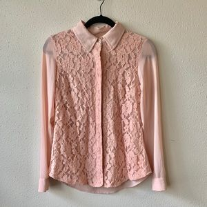 Perfect Spring pink lacy blouse!